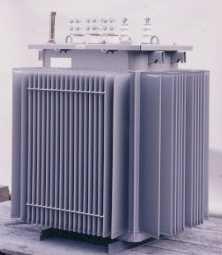 油入変圧器